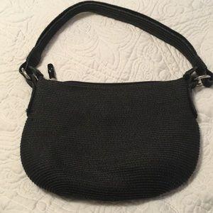 Black straw like handbag